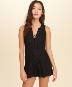 Macaquito Hollister Lace-Up Lace Romper