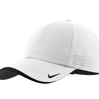 Boné Nike Authentic Dri-FIT Low Profile Swoosh Embroidered Perforated  Baseball ... 3f31112c6c4