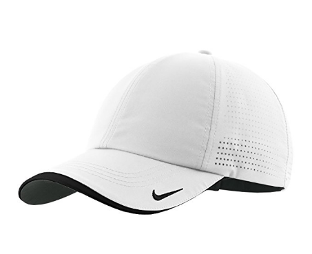Boné Nike Authentic Dri-FIT Low Profile Swoosh Embroidered Perforated Baseball