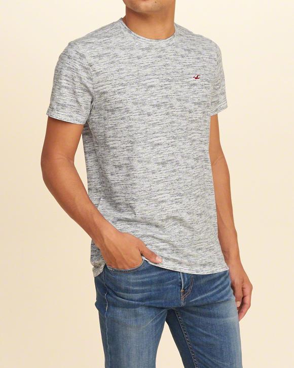0694e9f96f Camiseta Hollister Must-Have Textured Crew Cinza - EuEnvio ...
