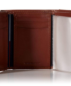Tommy Hilfiger Men's Leather Cambridge Trifold Wallet tan